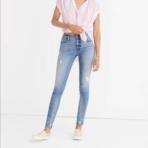 "Madewell 9"" High-Rise Skinny Jeans Destructed Hem"